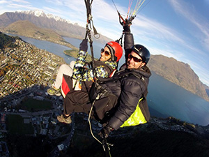 Paragliding-in-Queenstown