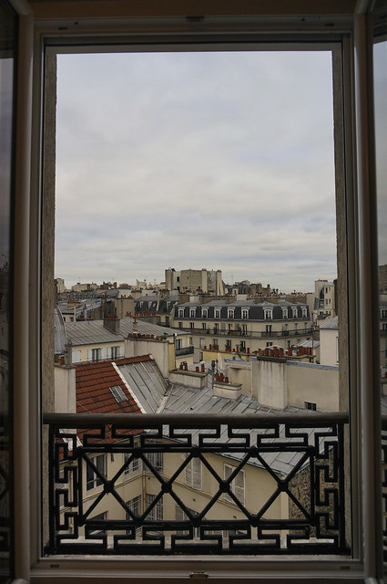 paris-balcony