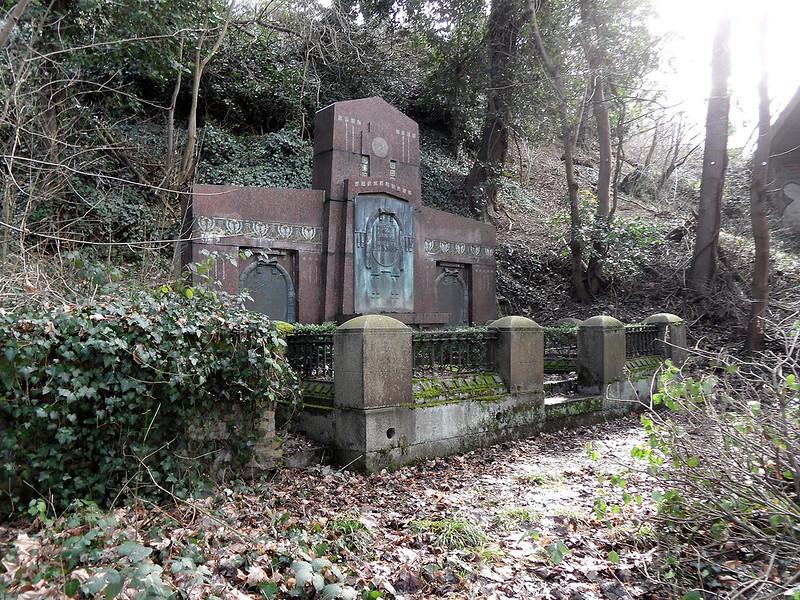 Familiengrab Lessing, Alter Friedhof, Lahnstein