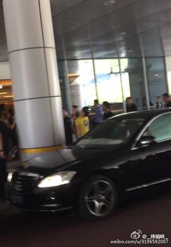 more BIGBANG arrival Shenzhen 2015-08-07 (65)
