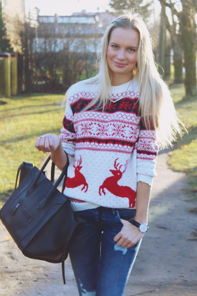 holiday-sweater-from-miss-rebel