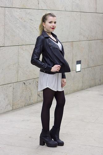 Brandy Melville Annette Tshirt Dress Baseball Forever 21 H&M biker choker ebay