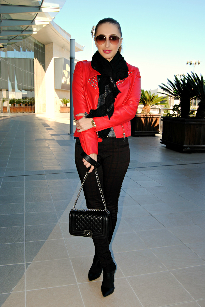 Powerfull Red-Outfit-OmniabyOlga (7)