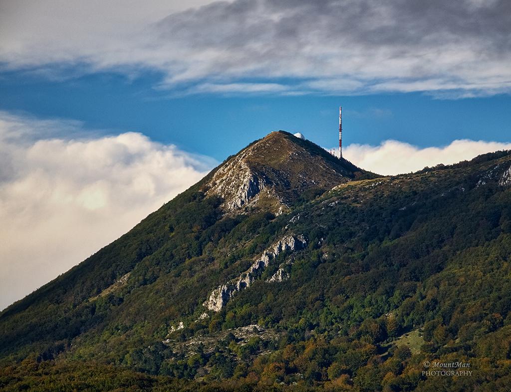 Učka - vrh s južne strane