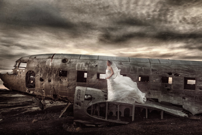 海外婚紗, 冰島婚紗, IceLand, 婚攝東法, Pre-Wedding, Sólheimasandur, Fine Art, 風格婚紗