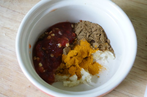 Cumin, turmeric, chili paste, and garlic: flavor synergy