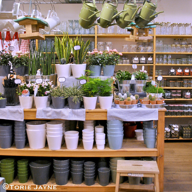 Garden pots at Ditte & Kamille