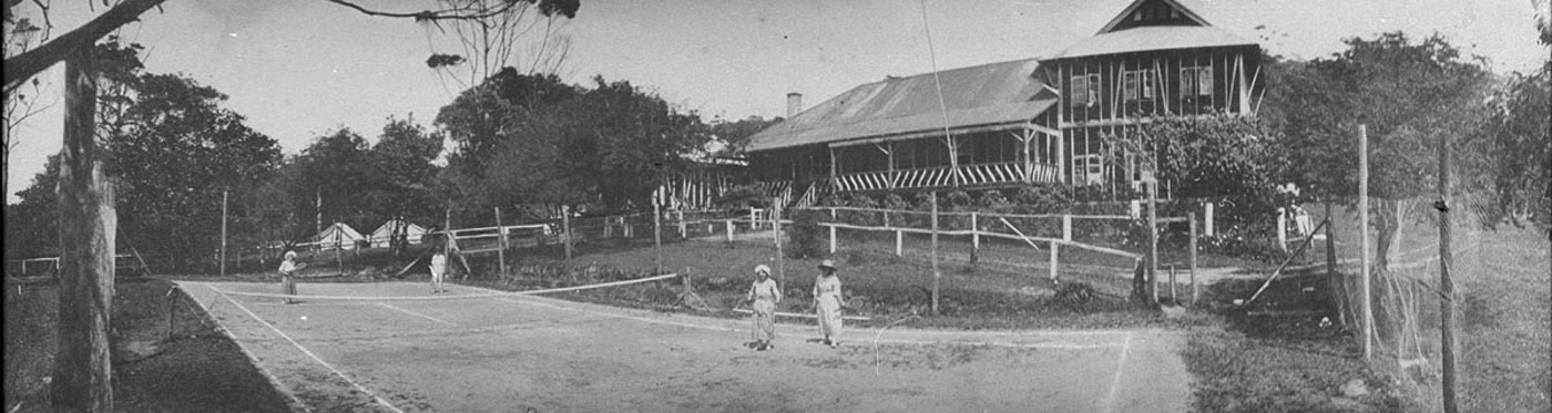 Tennis match at guest house, Terrigal, NSW, ca. 1910, photographer unknown