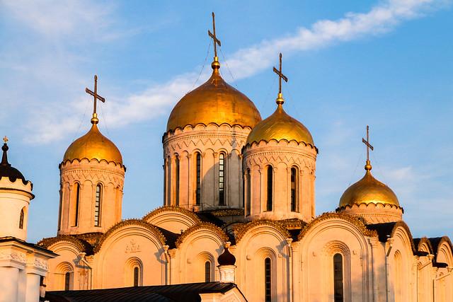 Dormition Cathedral before sunset, Vladimir, Russia ウラジーミル、日没前のウスペンスキー大聖堂