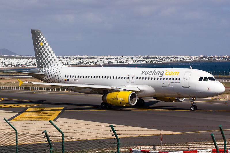 Vueling - A320 - EC-LRE (4)