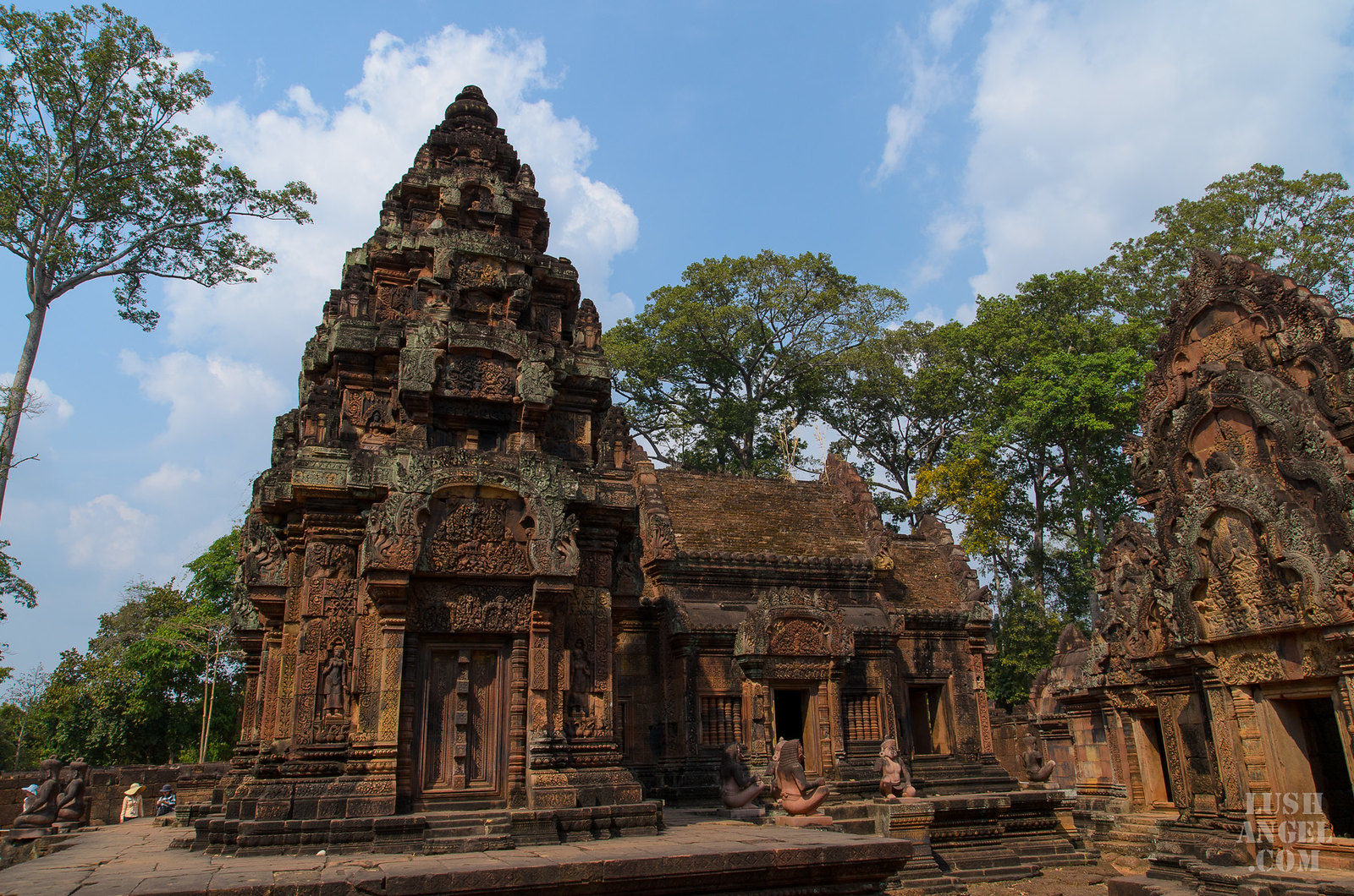 cambodia-pink-temple