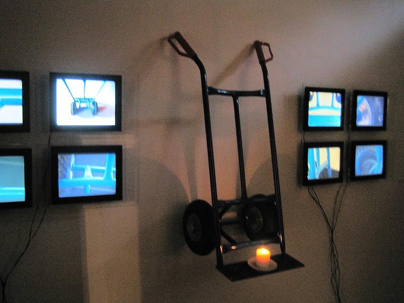 Dans le OFF de la Biennale Design 2015 - 14 mars