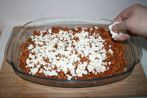 45 - Feta hinzu bröseln / Add feta