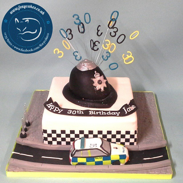 Perfect For A Policeman Cake Thefoxycakeco Windsor Eton Delicious Birthdaycake Birthday Party Police Policehat Law Policecar 30th