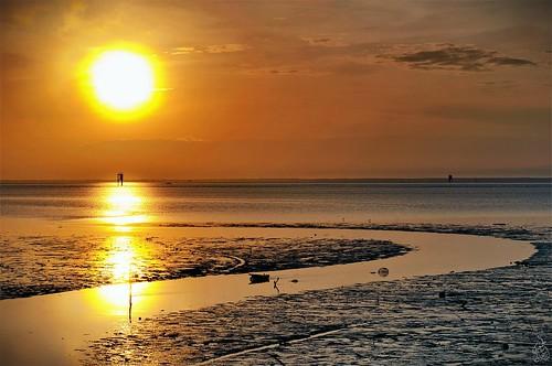 sunrise river nikon lowtide brunei d5000 mentiri