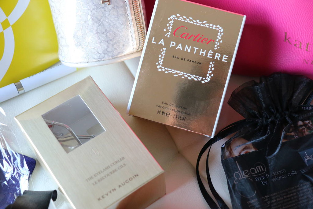 Styleanthropy-Holiday-2014-giveaway-perfume