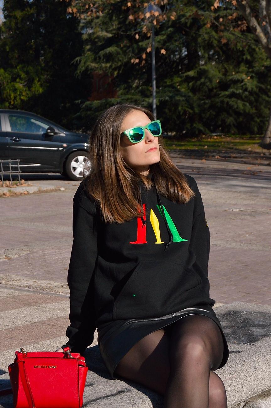 lara-vazquez-madlula-fashion.style-look-rasta-sweater