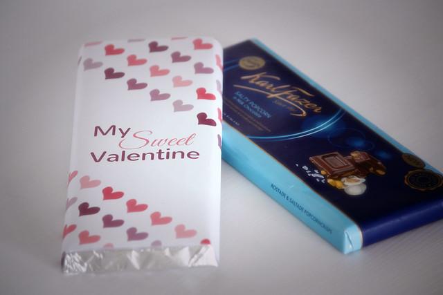 ystävänpäivä lahjaidea tulosta kääre suklaalevylle Kaikki Paketissa