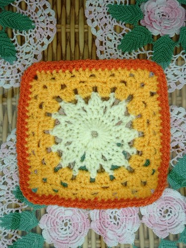 Thanks 'theemuts' the Sunshine Granny Square.