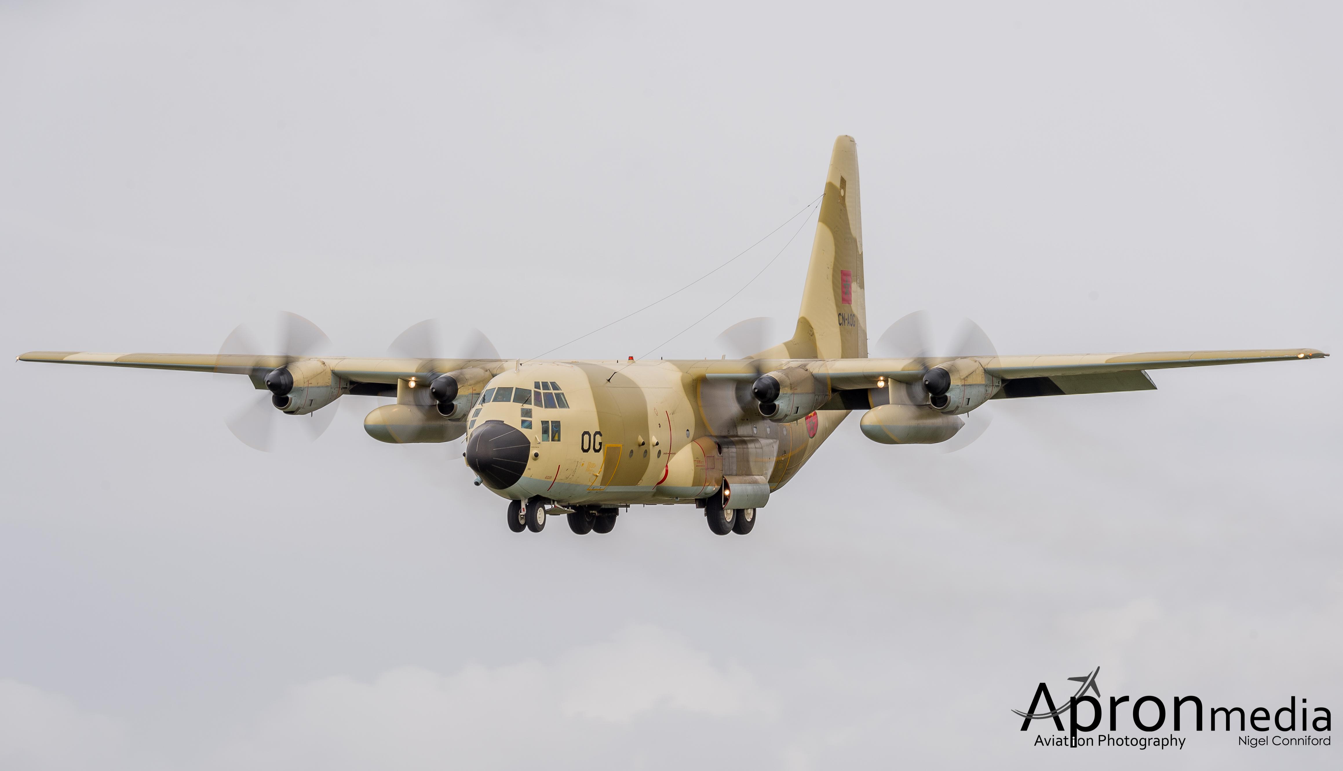 FRA: Photos d'avions de transport - Page 21 16682278852_bf4f198f2c_o