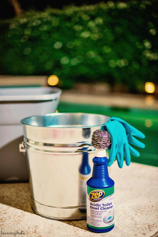#DisneyEaster how to distress galvanized tub