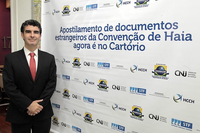 Entra em vigor no Brasil a Convenção da Apostila da Haia