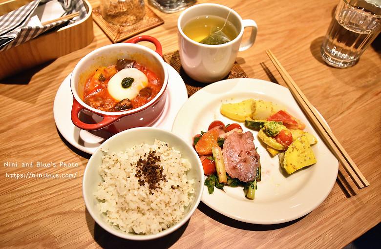 29793541480 4b86c6014d b - Muji Cafe & Meal無印良品美食餐廳台中店開幕瞜!