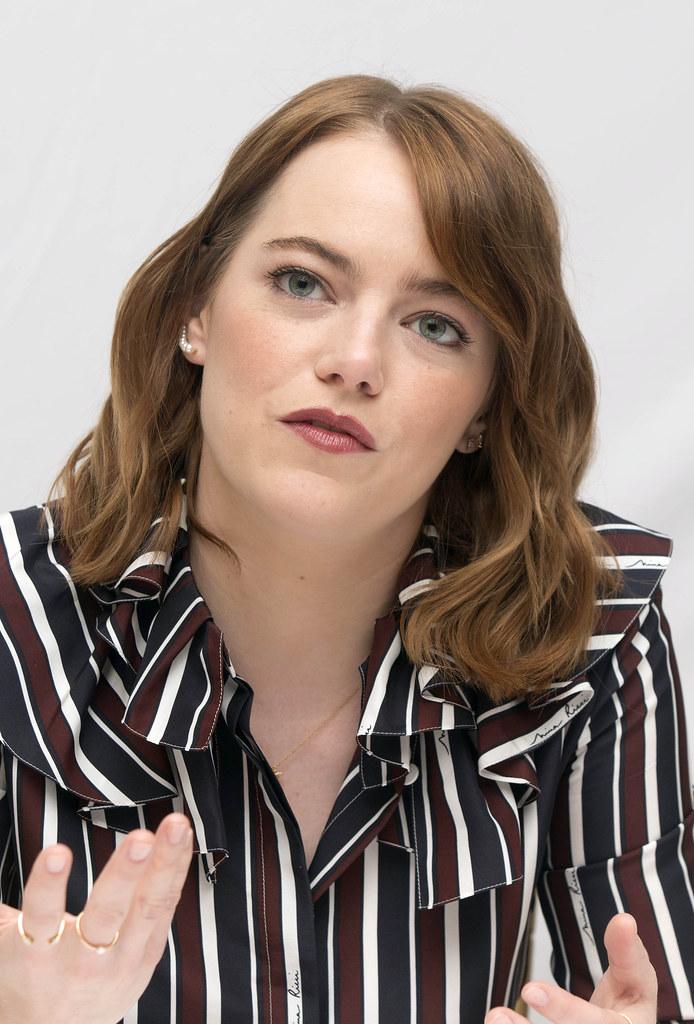 Эмма Стоун — Пресс-конференция «Ла-Ла Ленд» на «TIFF» 2016 – 25