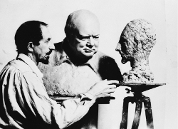 Nemon with his bust of Churchill and Churchill's of Nemon