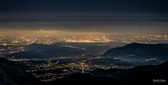 La notte sulla provincia di Torino