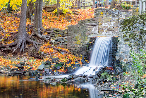 ny fall waterfall stonybrook longisland slowshutter reflexions gristmill suffolkcounty