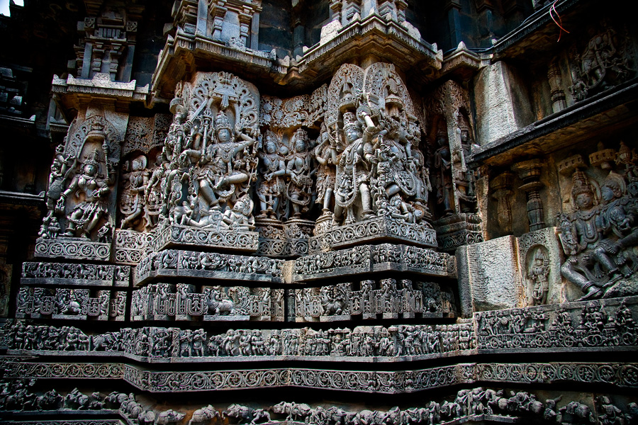 Hoysaleswara-Temple-in-Belur,-Karnataka,-South-India