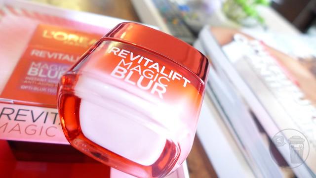 revitalift magic blur cream