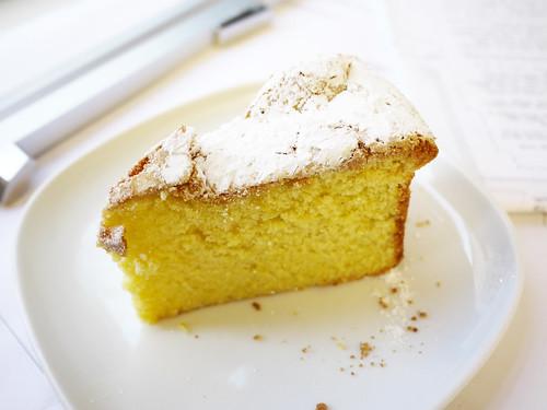01-15 lemon olive oil cake