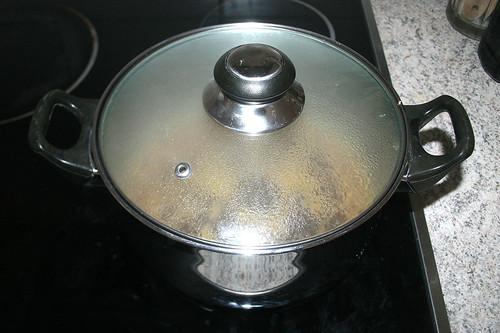 37 - Sauce köcheln lassen / Simmer sauce