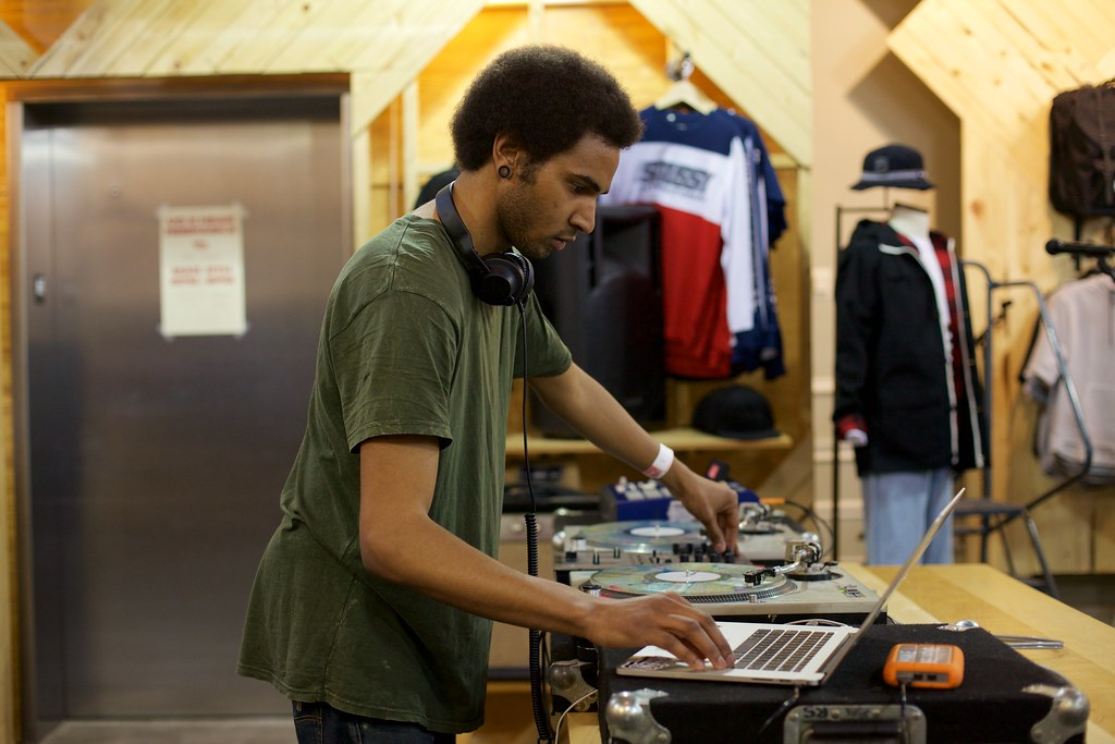 Kethro at Urban Outfitters | March 5, 2015