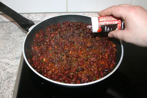 36 - Mit Salz, Pfeffer & Cayennepfeffer abschmecken / Taste with salt, pepper & cayenne