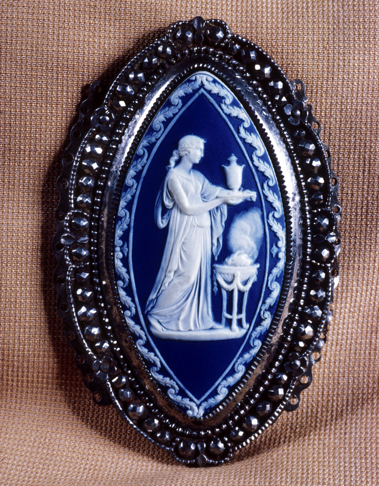 c. 1790. Belt Clasp with a Female Making a Sacrifice. Josiah Wedgwood with metal frame by Matthew Boulton. Credit Walters Art Museum