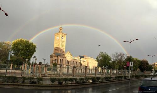 Estación con arco iris