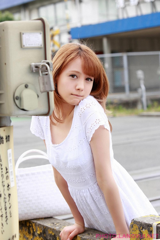YS Web Vol 511 Reina Triendl 1st week
