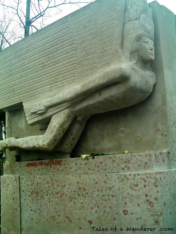 PARIS - Cimetière du Père-Lachaise - Oscar Wilde