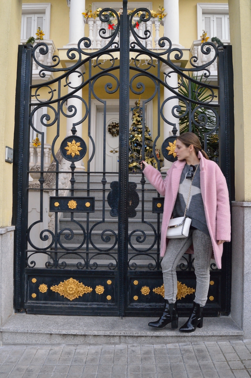 lara-vazquez-madlulastyle-streetstyle-coat-pink-all-grey-everything
