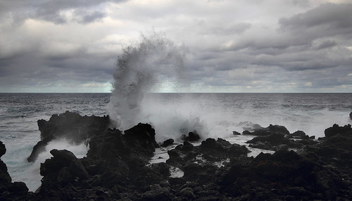 ocean sea usa color water canon landscape hawaii lava coast waves maui roadtohana t3i waianapanapastatepark 600d gsamie guillaumesamie