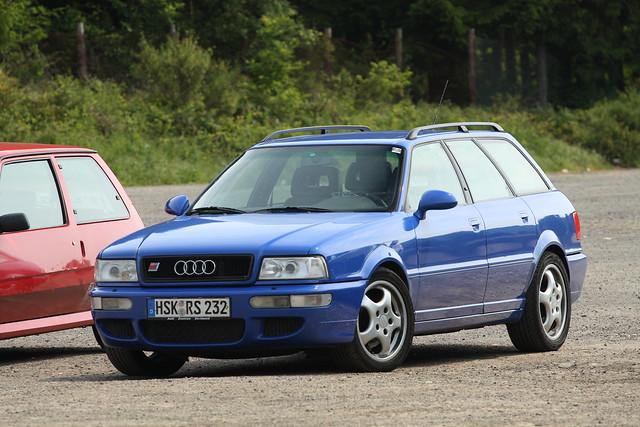 Audi RS2 1