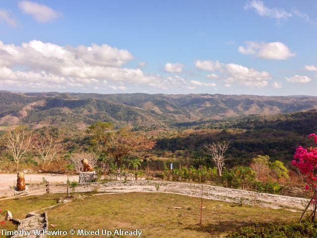 Indonesia - Sumba - Tarimbang - Peter's Magic Paradise - The view of the hills from Peter's