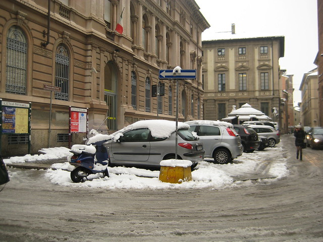 Post Office in Pavia in snow