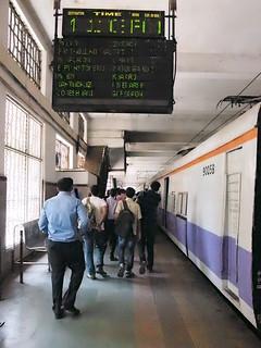Churchgate station / MUMBAI METRO