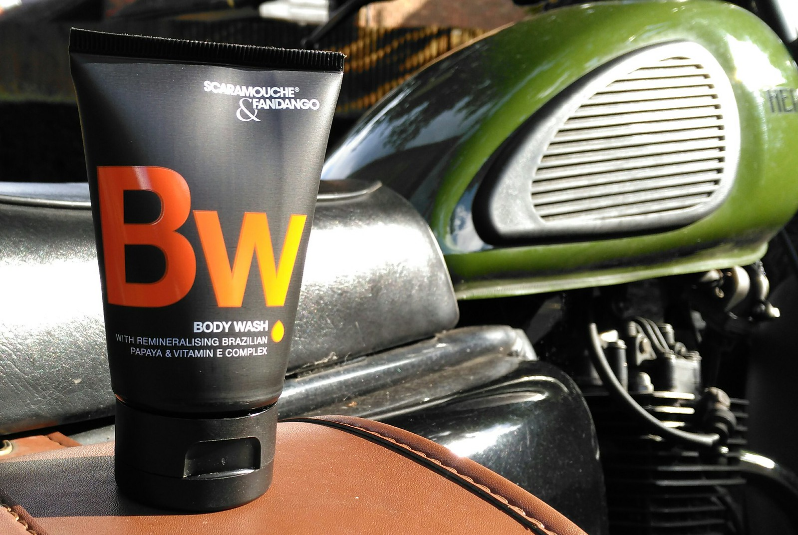 scaramouche fandango body wash