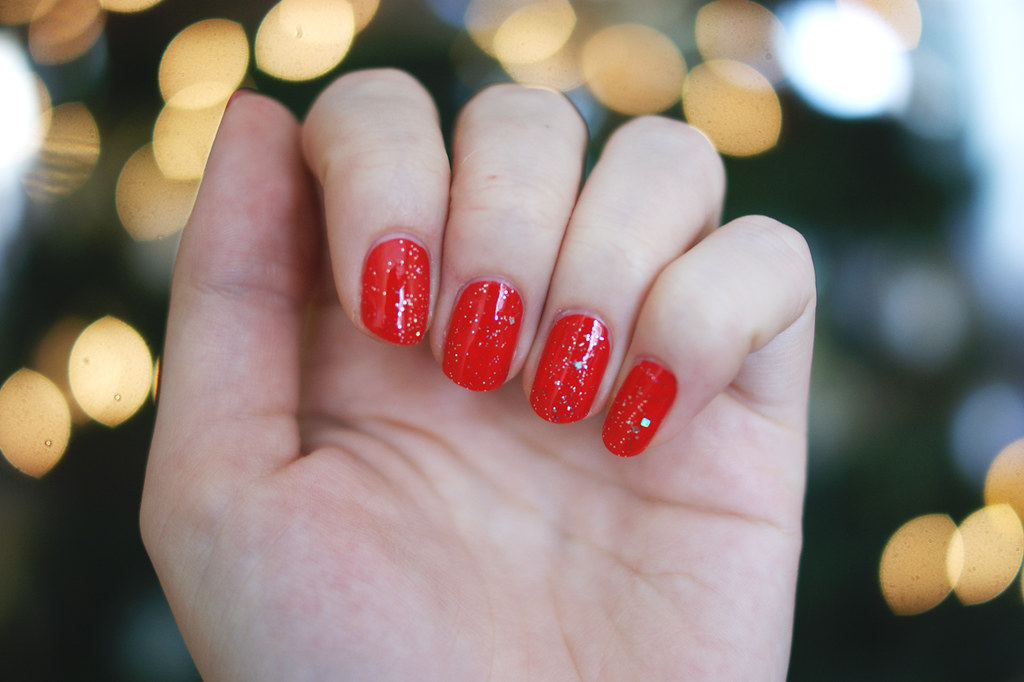 opi coca cola red opi in true stefani fashion christmas holiday nails