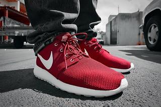 2013 Nike Sail Red RosheRun